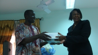 Dramane Banaon et le Pr. Eléonore Kafando