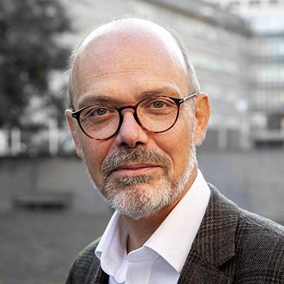 Dr. Antoine Geissbuhler Médecin-chef du service cybersanté et télémédecine aux Hôpitaux universitaires de Genève